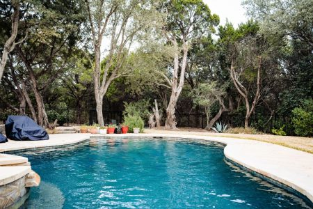 pool cleaning services austin area